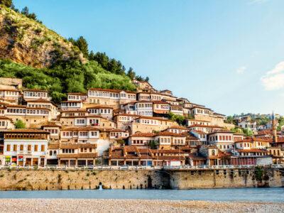 Mangalemi buurt in Berat Albanie