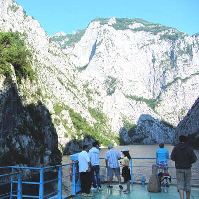 Landschap-fierze-koman-albanie