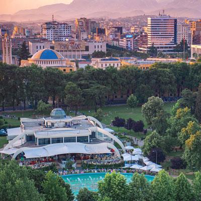 Tirana-kafe-Taiwan-rinia-park