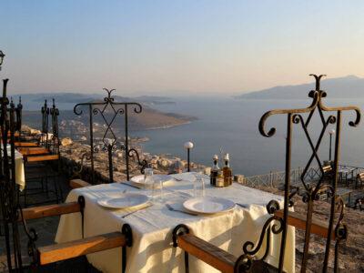 Uitzicht vanuit fort Lekuresi kasteel-eten dineren